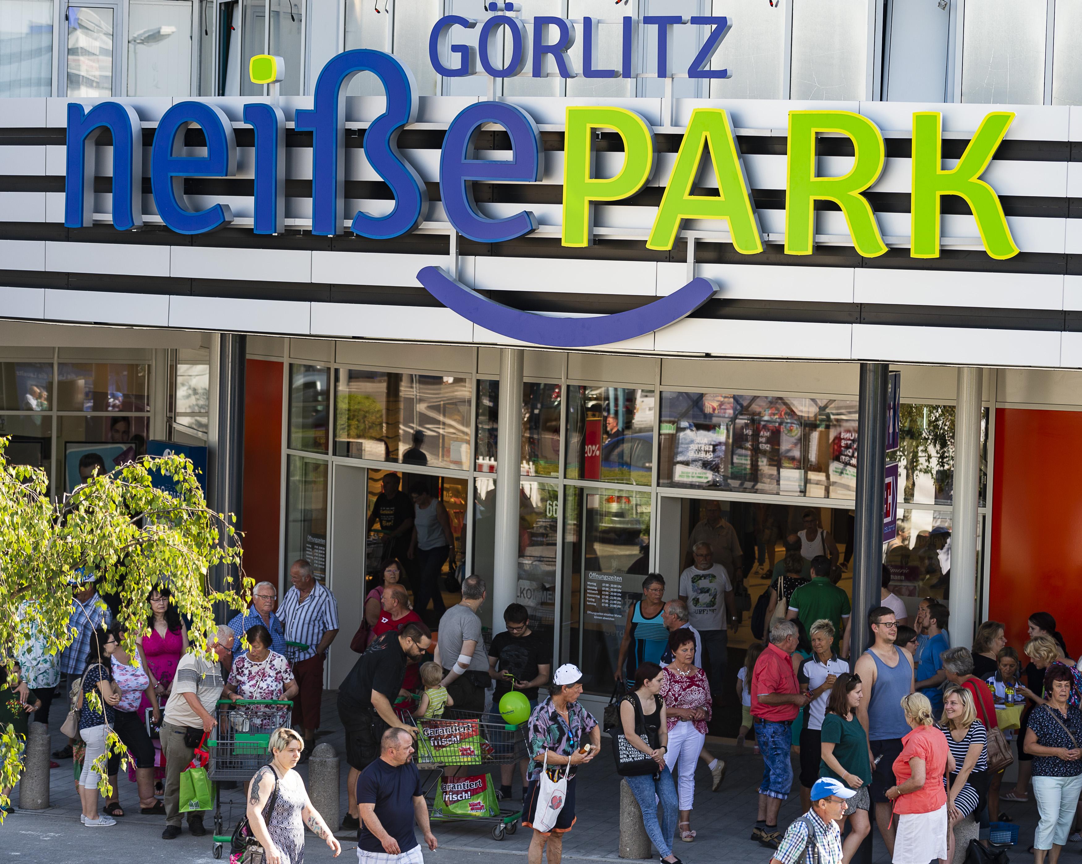 wholesale dealer fashion style 2018 sneakers Nach Umbau: NeißePark in Görlitz mit vielfältigem Shopping ...